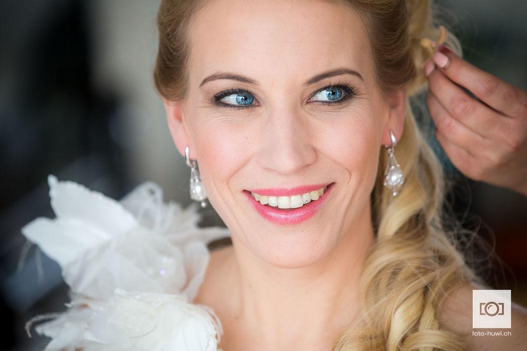 Andrea Dörig, Visagist of Mask