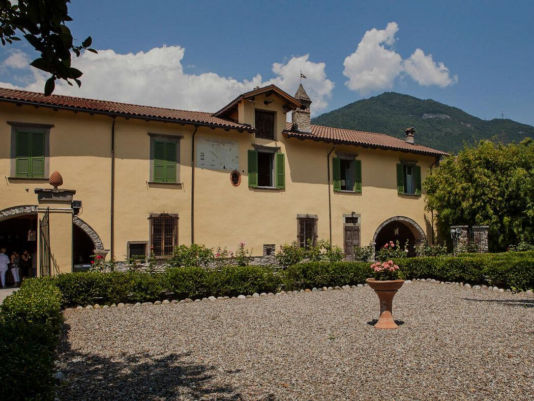 Villa Malaguzzi.