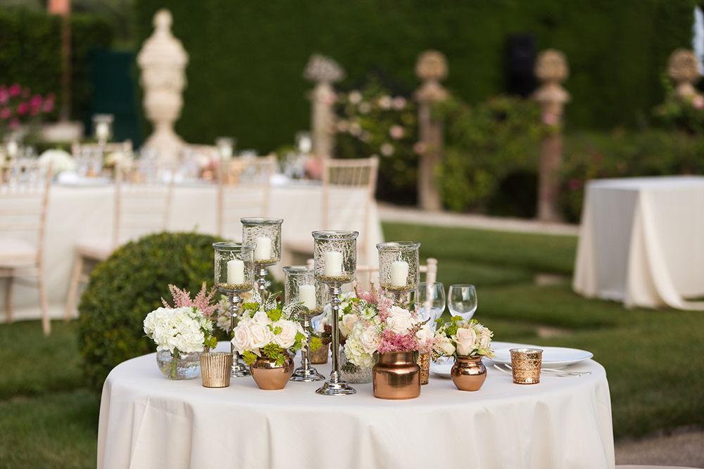 Organisation mariage sur la Côte d'Azur pour Sharveen & Martin à la Villa Ephrussi de Rothschild - Décoration réception