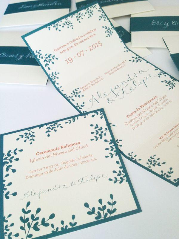 Diseño de invitaciones y piezas para matrimonio.  Hicimos el diseño gráfico y la caligrafía.