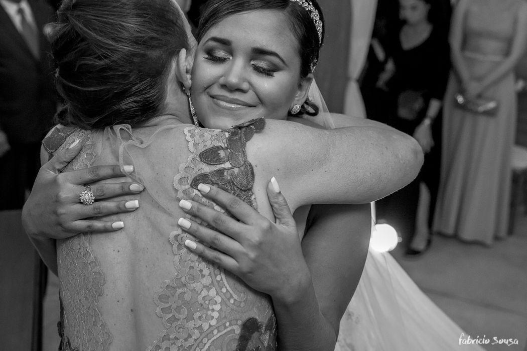 aquele abraço gostoso da mãe