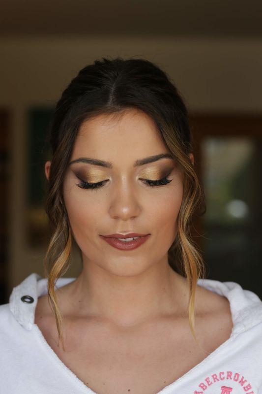Andréa Sousa - Make Up Artist