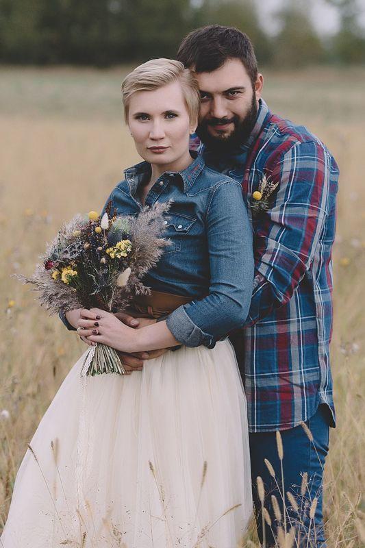 Свадебный фотограф Артём Милосердов