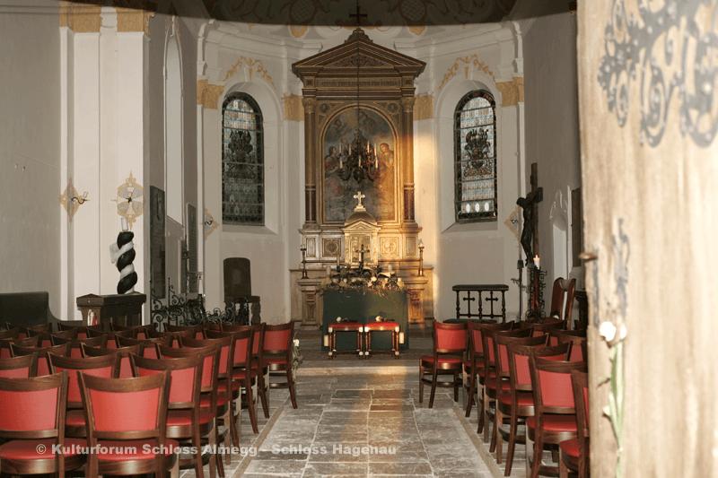 Beispiel: Kirche, Foto: Schloss Hagenau.