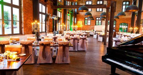 Beispiel: Hochzeitsgedeck, Foto: Landhotel Beverland.