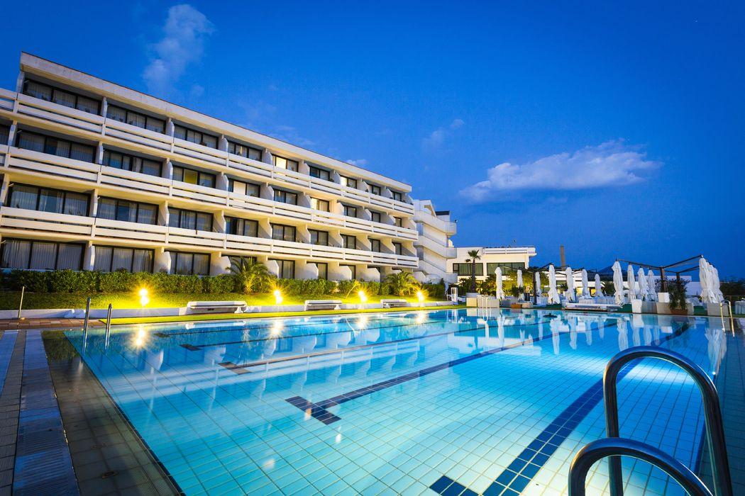 Grand Hotel Pianeta Maratea - la piscina     - photo: http://www.ndphoto.it/
