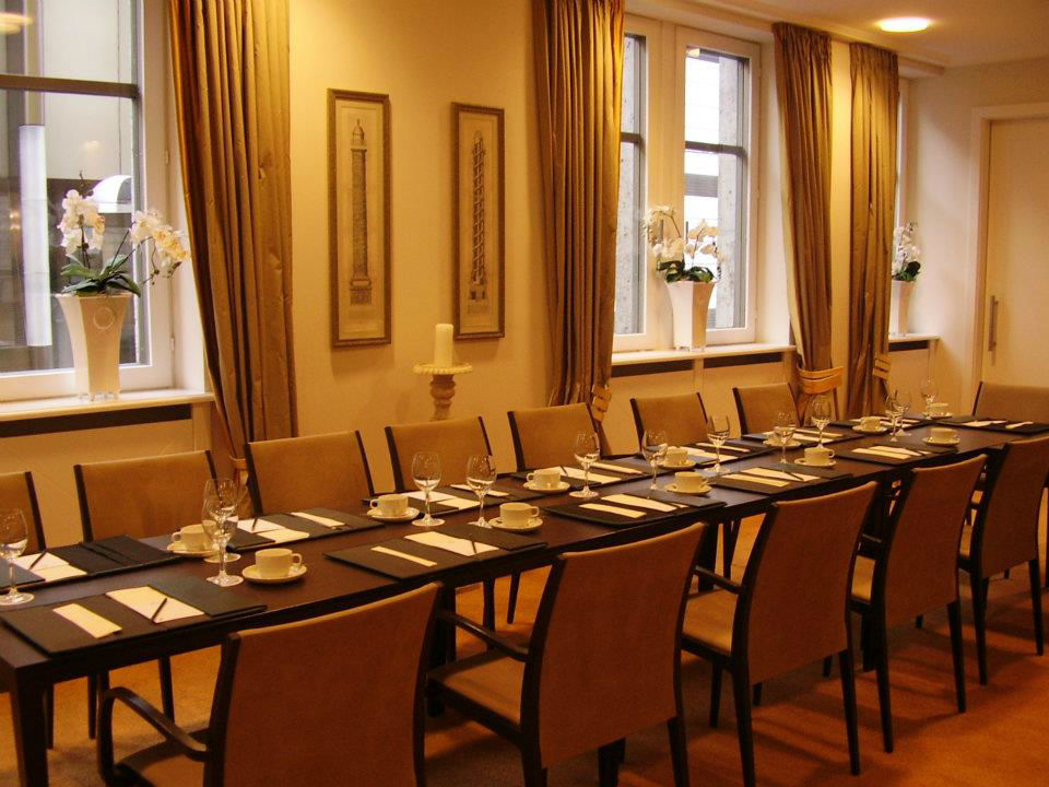 Beispiel: Festsaal - Tafel, Foto: Central-Hotel Kaiserhof.
