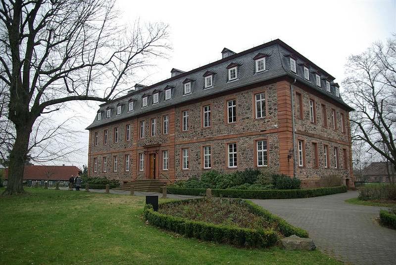 Beispiel: Außenansicht, Foto: Schloss Langenselbold.