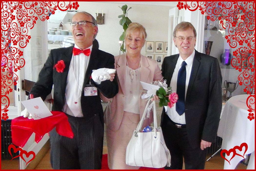 """Comedy-Hochzeits-Butler """"Bernhardt"""""""