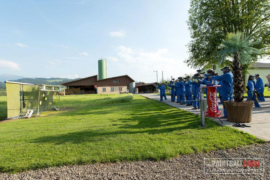 Beispiel: Probeschießen, Foto: Paintballfarm.