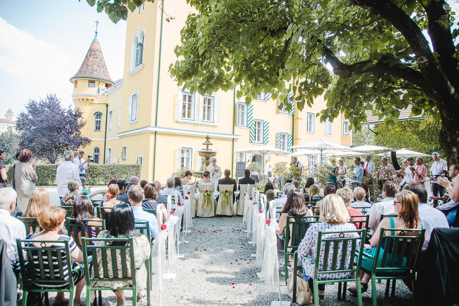 Heiraten im Schlosshof