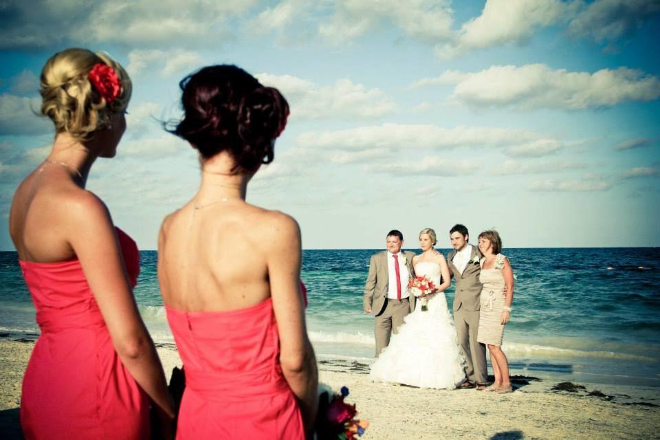 13.- Destination Wedding