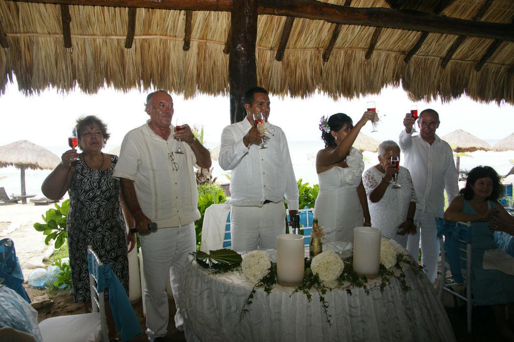 Alquiladora y Banquetes Andrade