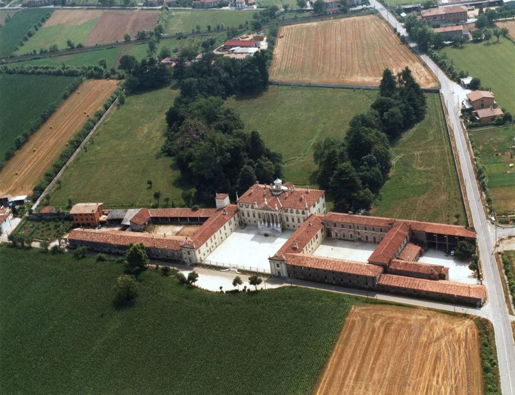 Villa Mazzucchelli dall'alto