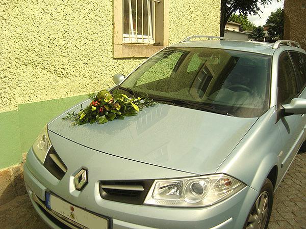 Beispiel: Autoschmuck, Foto: Gärtnerei Schrön.