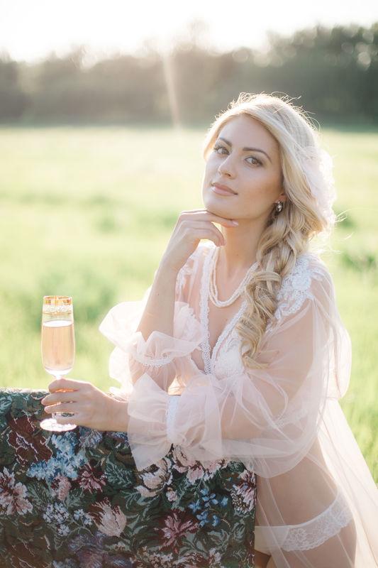 Мария . Невесты блондинки с карими глазами не могут быть не яркими