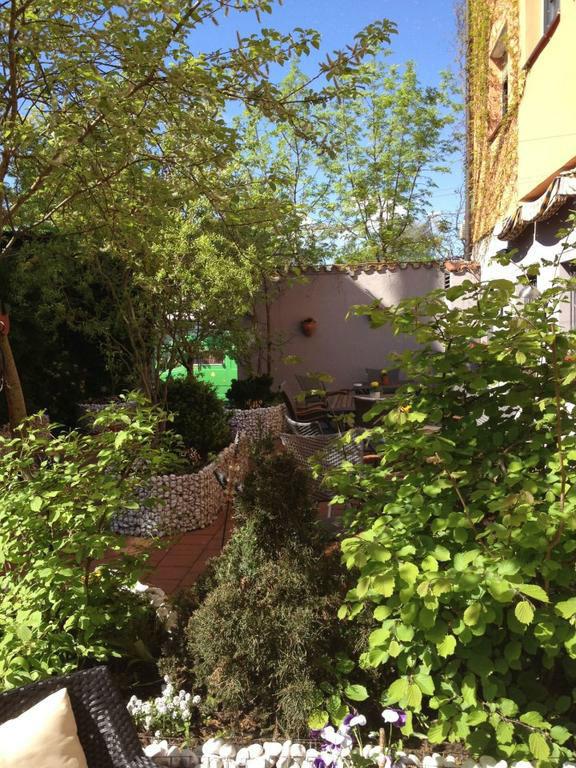 Beispiel: Außenbereich, Foto: Bio Hotel Bayerischer Wirt.