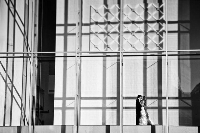 Beispiel: Portrait vom Brautpaar, Foto: Janograf Wedding Photography.