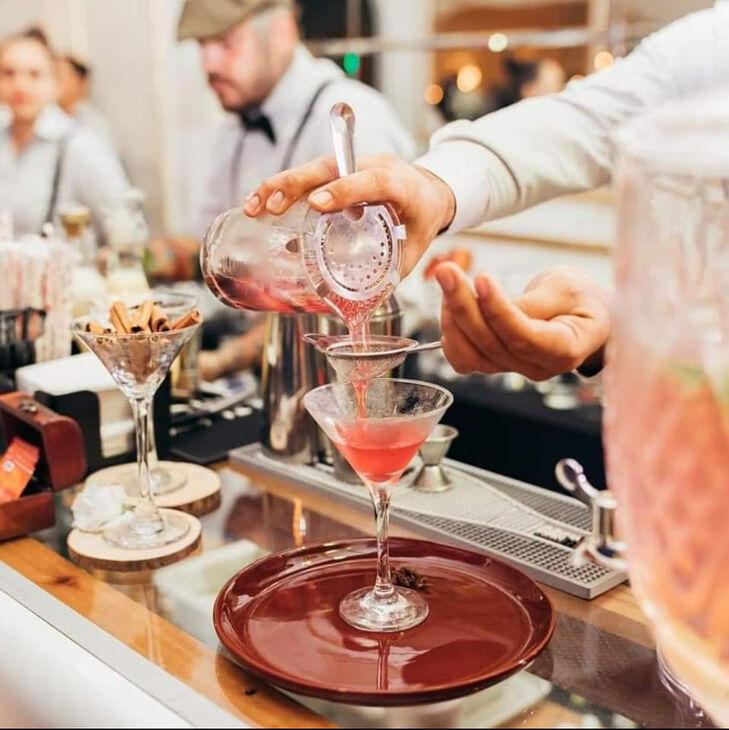 Los Guapo's Luxury's Cocktail Bar