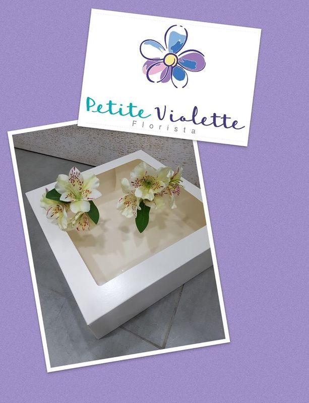 Petite Violette Florista