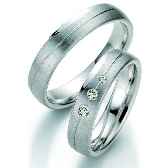 Beispiel: Trauringe Silber, Foto: Juwelier Uhren Görde.