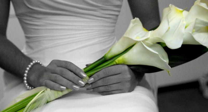 Beispiel: Braut bei der Trauung, Foto: Die Hochzeitsplaner.
