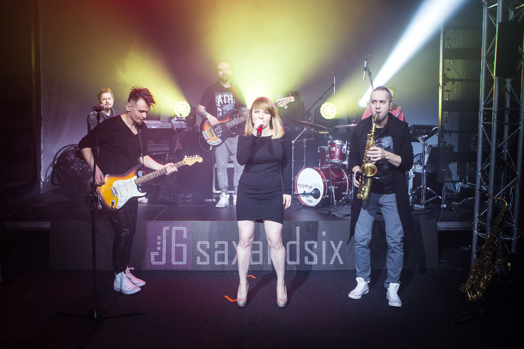 SaxAndSix Live!