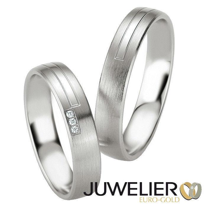 Beispiel: Trauringe in Weißgold, Foto: Juwelier Euro-Gold.