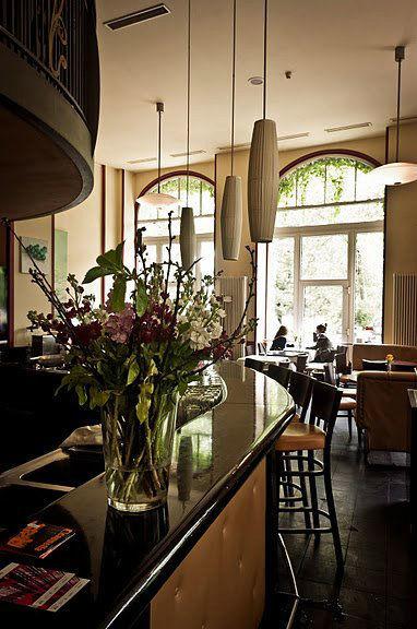 Telegraph - Café & Restaurant