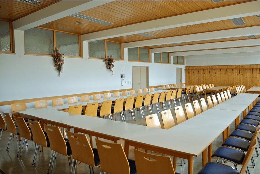 Beispiel: Pfarrsaal, Foto: Antonius Haus.