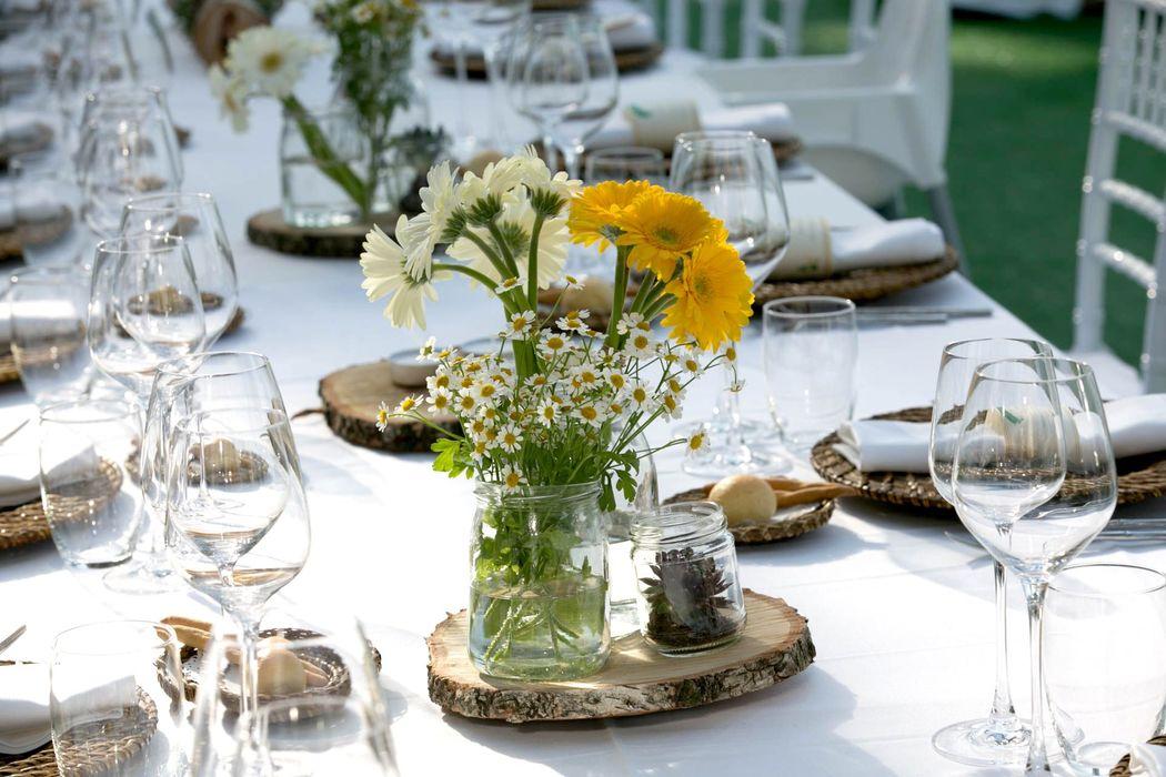 Tavoli imperiali per un evento informale ma di gran classe.