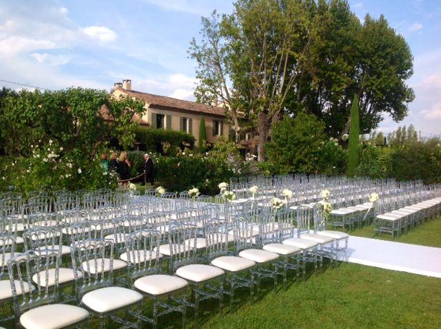Mariage de Elie & Lauren, Mas à St Rémy de Provence, cérémonie houppa, décoration A Fleur & à Mesure, crédit Studio Cabrelli