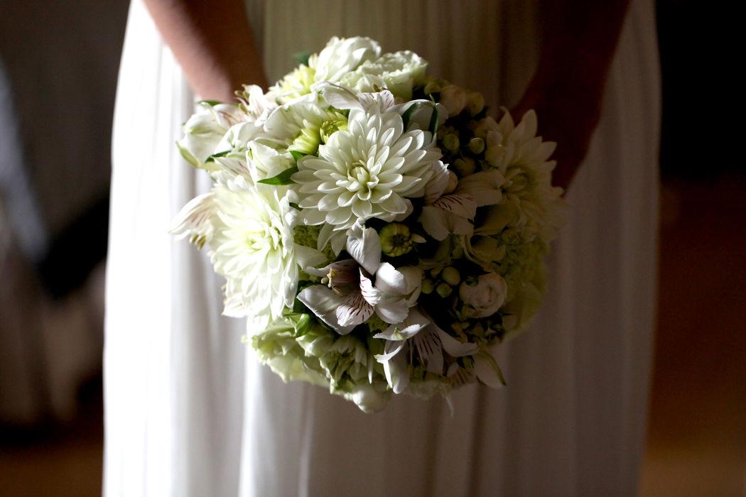 Serena Obert Weddings & Events | Allestimento floreale per eventi nozze