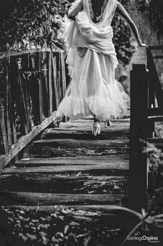 Sesion photo shoot boda, #remansodelrio, #fotografoenbogota #fotografodestino #fotografodearte #fineartphotography Subachoque, wedding planner