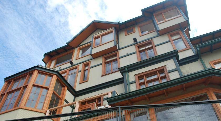 Hotel Sutherland House