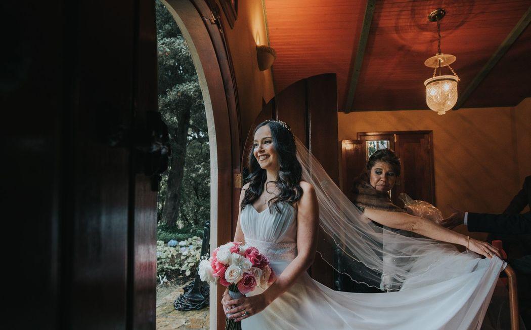 Claudia Gómez Matrimonios y Eventos. Hacienda El Salitre  Fotos: Seven Miles Photography.