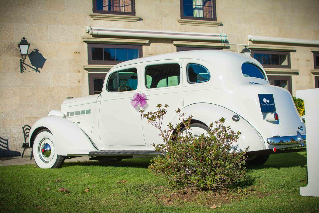 Packard Six Sedan