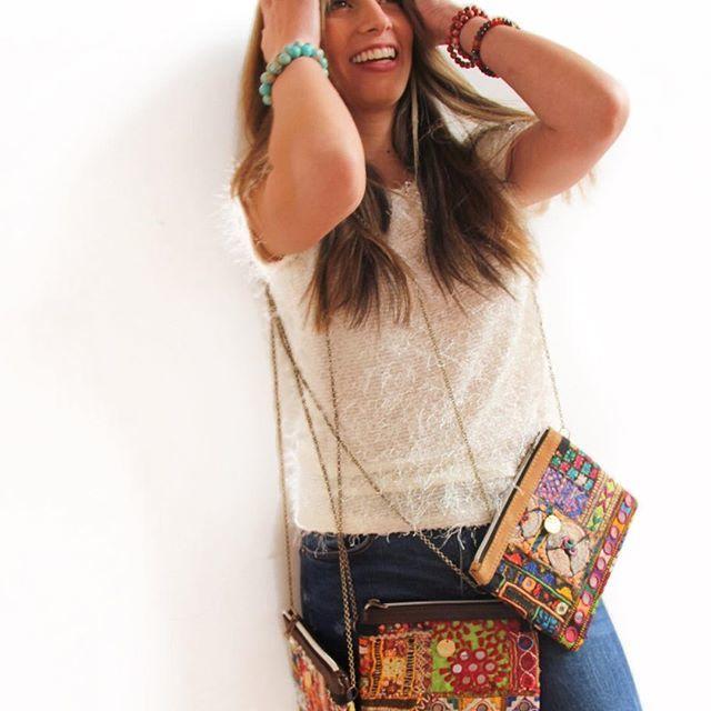 Violeta Collares y Accesorios