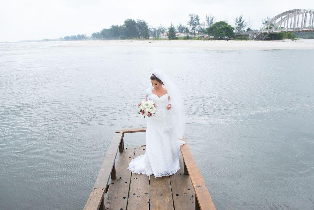 noiva sobre o mar