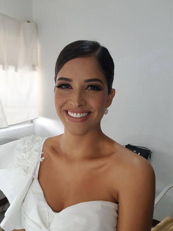Aida Gutierrez [Make-up studio]