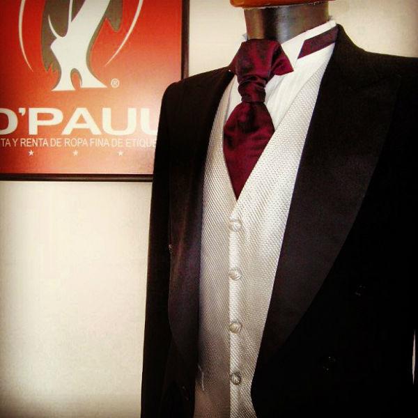 Trajes de novio en D'Paul para renta o venta en Baja California