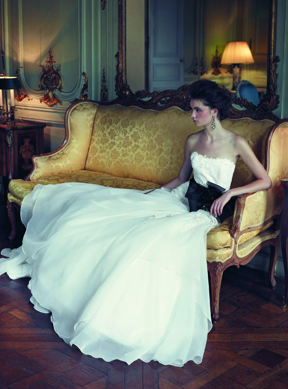 Beispiel: Wunderschönes Brautkleid, Foto: Dolce Vita.
