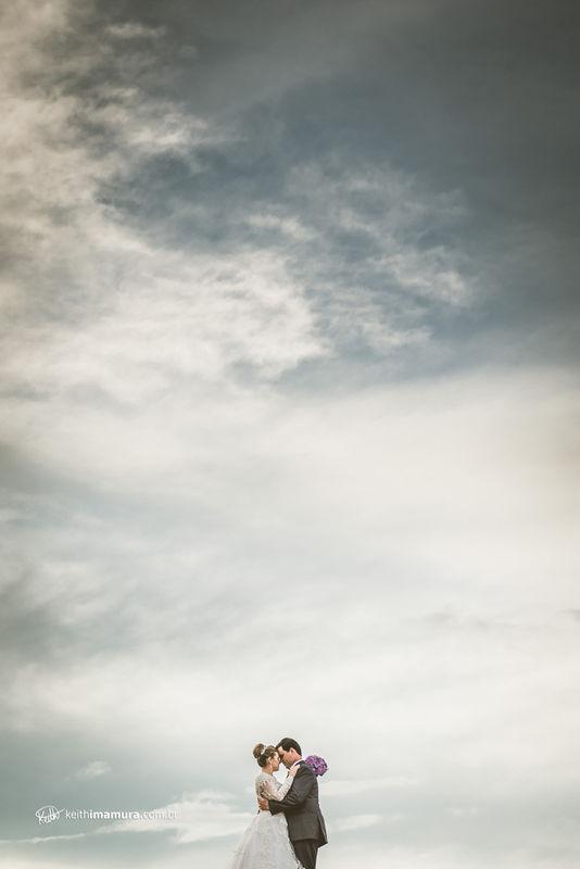 Noivos e céu