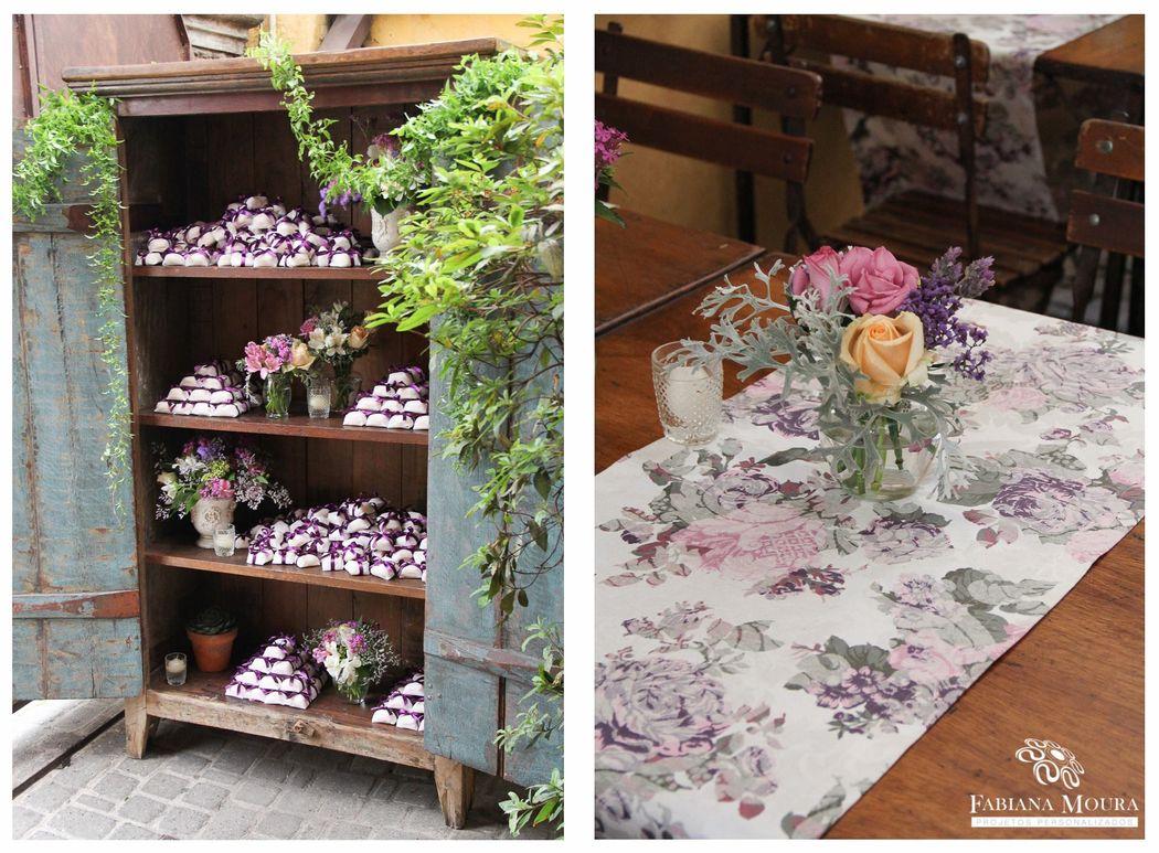 Trilho de mesa florido Parceria com decoradora Fabiana Moura