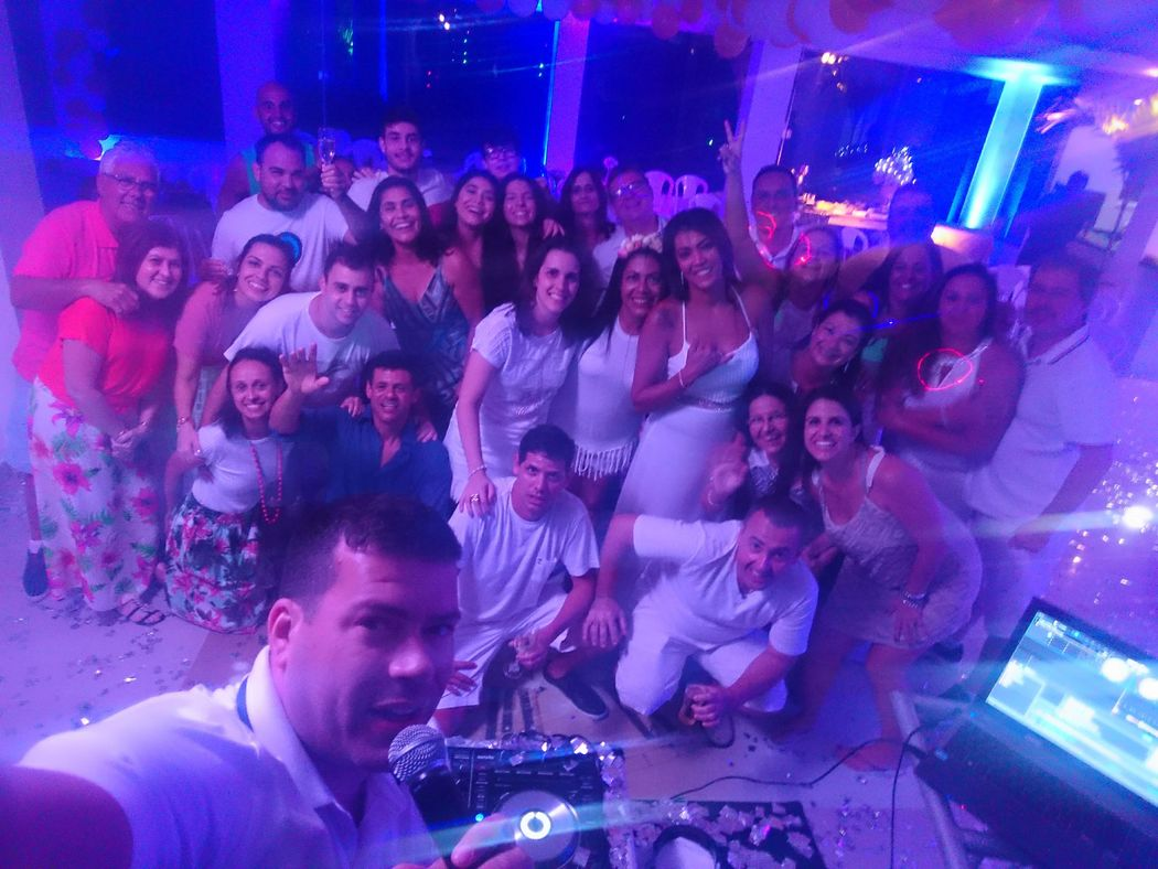 DJ André Mattos - Som, Luz e Imagem