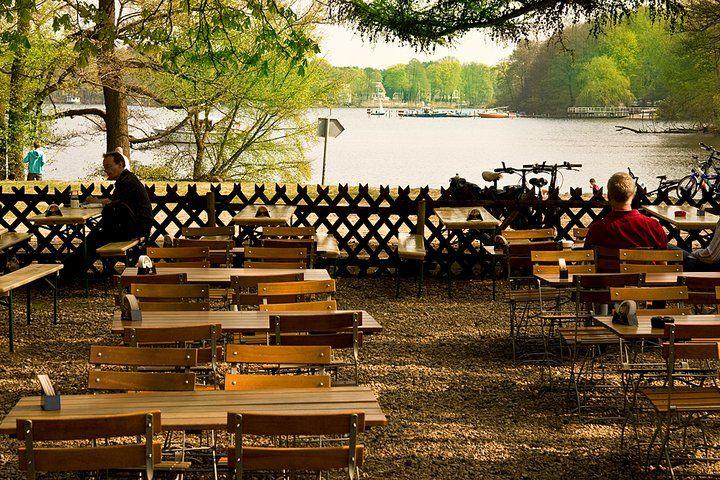 Beispiel: Biergarten mit Seeblick, Foto: Jagdhaus Spandau.