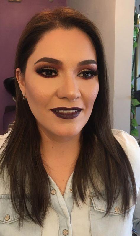 Flor Torres Makeup Artist