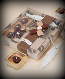 Caja con velas e incienso