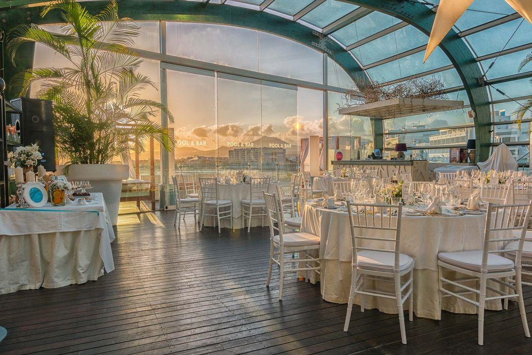 Banquete en terraza Pool & Bar