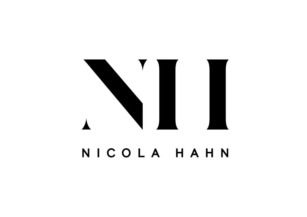 Nicola Hahn Fashion Stylist